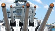 Skip the Line: Pearl Harbor Memorial Small Group Tour From Waikiki, Oahu, Private Sightseeing Tours