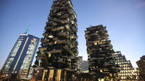 Milan Skyscrapers Guided Walking Tour: From Unicredit tower to Vertical Forest, Milan, Private...