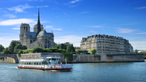 Kleinschalige rondleiding: Sightseeing in Parijs en boottocht over de Seine met lunch in de ...