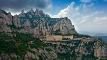 Montserrat Half Day Tour: Easy Hike with Hotel Pick-up from Barcelona, Barcelona, Half-day Tours