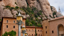 Barcelona Super Saver: Sightseeing Tour with Montjuic Cable Car and Montserrat Tour