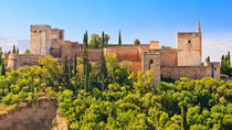 Granada Walking Tour with Alhambra Gardens from Costa del Sol, Costa del Sol