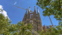 Priority Access: Barcelona Sagrada Familia Tour Including Tower Entry, Barcelona, Viator Exclusive ...