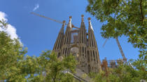 Priority Access: Barcelona Sagrada Familia Tour with Optional Tower Entry, Barcelona, Skip-the-Line ...