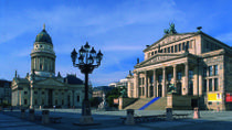 Private Layover Tour: Berlin City Sightseeing with Airport Transport, Berlin, Private Sightseeing ...