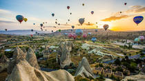 Looking on Ballons Flight at Sunrise in Cappadocia, Goreme, Day Trips