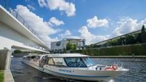 Berlin Hop-On Hop-Off Trendy Neighborhood Tour Including Spree River Boat Cruise, Berlin, null