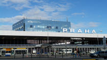 Shared Arrival Transfer: Prague Airport to Hotels, プラハ