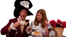 Mad Hatter's Alice In Wonderland Walking Tour in Oxford with Christ Church College, Oxford, ...