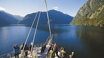 Cruise met overnachting over Doubtful Sound, Fiordland en Milford Sound