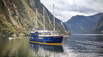 Cruise met overnachting over Doubtful Sound, Fiordland & Milford Sound, Multi-day Cruises