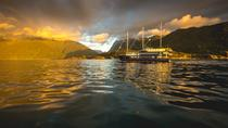 Milford Sound Mariner Overnight Cruise da Queenstown, Queenstown