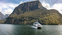 Te Anau Super Saver: Doubtful Sound Cruise plus Te Anau Glowworm Cave Tour, Te Anau, Day Cruises