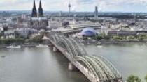 5-Day Cologne Overnight Coach Tour to Stuttgart, ケルン