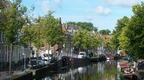 Private Guided Tour of Center and Prehistoric Antiquities Museum with Art Historian in Leiden,...