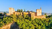 Viator Exclusive: Priority Access to Alhambra and Generalife Gardens in Granada, Grenade