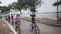 Hanoi West Lake Private Bike Tour with Lunch in a Local Home, Hanoi, Bike & Mountain Bike Tours