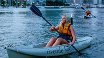 Samstag Nacht Brisbane Kayak Tour mit optionalem BBQ Dinner, Brisbane, Kajak- & Paddeltouren