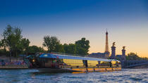 Compagnie des Bateaux-Mouches 3-Hour River Cruise the Seine River Including Dinner and Live Music,...