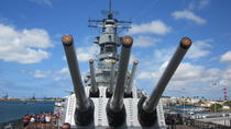 USS Missouri, Arizona Memorial, Pearl Harbor and Punchbowl Day Tour, Oahu, null