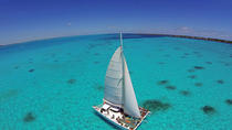 Sail to Isla Mujeres with Lunch and Open Bar from Cancun, Cancun, Day Cruises