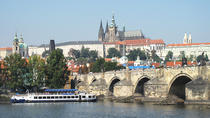 4-Hour Prague Old Town Walking Tour With Lunch On A Boat, Praag