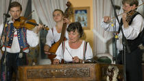 Old Town Tour and Dinner with Folk Show in Prague, Prague, Dinner Packages