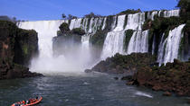 Day Trip to the Argentinian Side of Iguassu Falls from Foz do Iguaçu, フォス・ド・イグアス