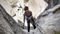 Beginner's Rock Climbing Class in Joshua Tree National Park, Palm Springs, Climbing