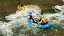 Riverside Rafting on Clearwater River in Wells Gray Park, British Columbia, White Water Rafting