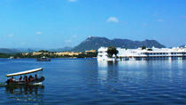 Shared Sunset Boat Experience In Lake Pichola with Udaipur City Palace Museum, Udaipur, Sunset ...