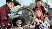 Piratenfotoshooting auf Fuerteventura, Fuerteventura, Kid Friendly Tours & Activities
