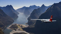Milford Sound Walking Tour with Round-Trip Scenic Flight from Queenstown, Queenstown, Air Tours