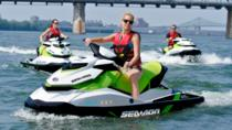 Excursion en jet ski sur le fleuve Saint-Laurent, Montreal, Waterskiing & Jetskiing