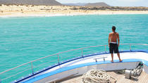 Catamaran Cruise to La Graciosa Beaches, Lanzarote, Catamaran Cruises