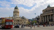 Hop-on-Hop-off-Bustour durch Berlin, Berlin
