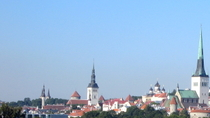 Hop-on-Hop-off-Bustour durch Tallinn, Tallinn, Hop-on Hop-off-Touren