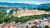 Private Sightseeing Trip from Cesky Krumlov to Vienna via Rosenberg castle - Melk and Durnstein, ...