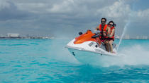 Jet-Ski- Abenteuer in Cancun mit Transport, Cancun, Jet Boats & Speed Boats