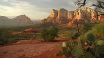 Day Tour to Sedona Red Rock Country and Native American Ruins from Phoenix, Phoenix, Bus & Minivan ...
