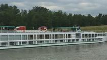 Private Transfer from Amsterdam Schiphol Airport to Amsterdam River Cruise Port, Amsterdam, Airport...