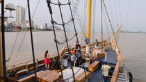 Morgan Pirate Ship Tour in the Guayas River, Guayaquil, Day Cruises