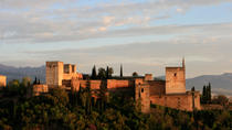 Alhambra: Nasrid Palaces & Generalife Guided Tour (Ticket included), Granada, Skip-the-Line Tours