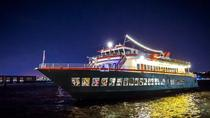 Hudson's van World Yacht: Dinercruise in New York, New York City, Dinner Cruises