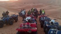 Quad Mountainbiken in woestijnduinen Merzouga Erg Chebbi, Morocco Sahara, Bike & Mountain Bike Tours