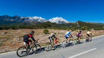Private Cycling Tour to Jade Dragon Village and Baisha Village including Lunch, Lijiang, Bike &...