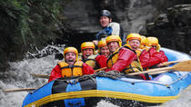Rafting en el río blanco de Queenstown Shotover River, Queenstown, Rafting en aguas bravas