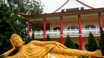Foz do Iguaçu Tour: Buddhist Temple, Arab Mosque and the Three Borders Landmark