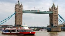 Tower von London und Bootstour auf der Themse, London, Day Cruises