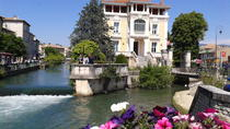 Private Day Trip to Luberon Villages: L'Isle sur la Sorgue, Gordes and Roussillon from Arles , ...